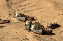Barcos en el Mar de Aral (seco)